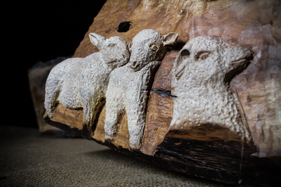 Sheeps and cow - Sculpture